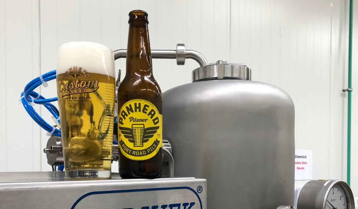 Panhead Brewery - aplikace na lahve